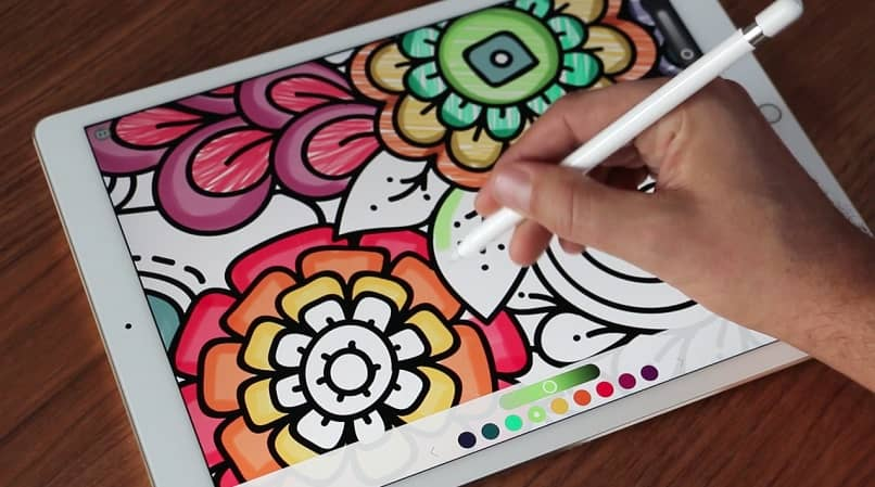 hand pencil draw coloring tablet